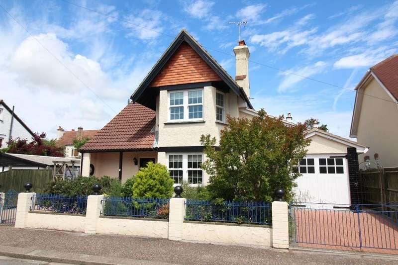 4 Bedrooms Detached House for sale in Tennyson Road, Bognor Regis, PO21