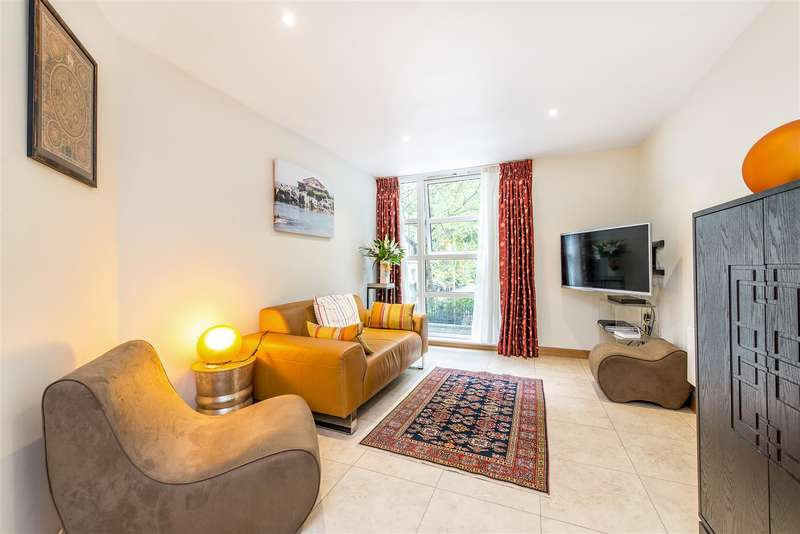 1 Bedroom Flat for sale in Neville House, 19 Page Street, Westminster, London SW1P