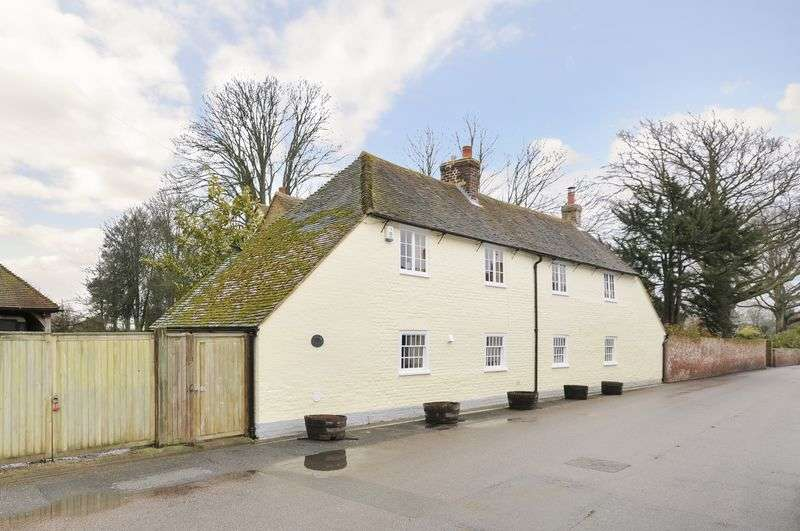 5 Bedrooms Detached House for sale in Ickham, Canterbury