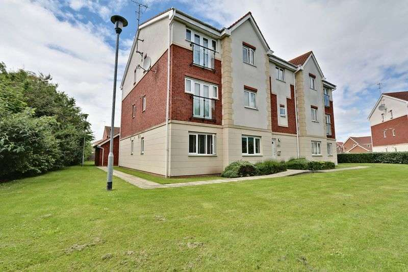 1 Bedroom Flat for sale in Woodheys Park, Kingswood
