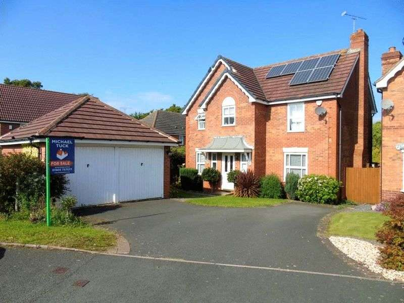 4 Bedrooms Detached House for sale in Brecon Avenue, Worcester