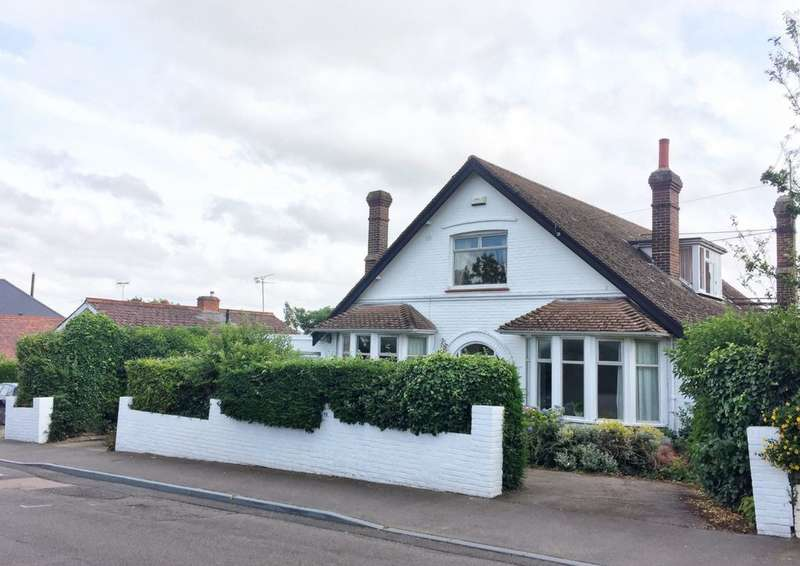 4 Bedrooms Detached House for sale in Queens Road, Whitstable, CT5