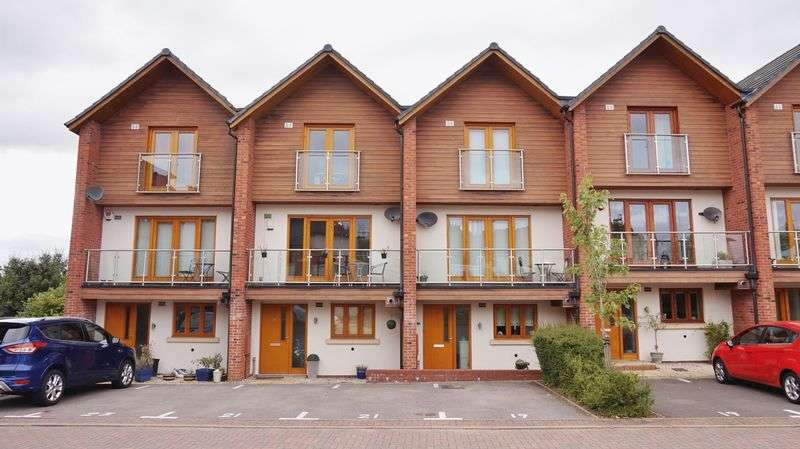 3 Bedrooms House for sale in Grange Walk, Northfield, Birmingham