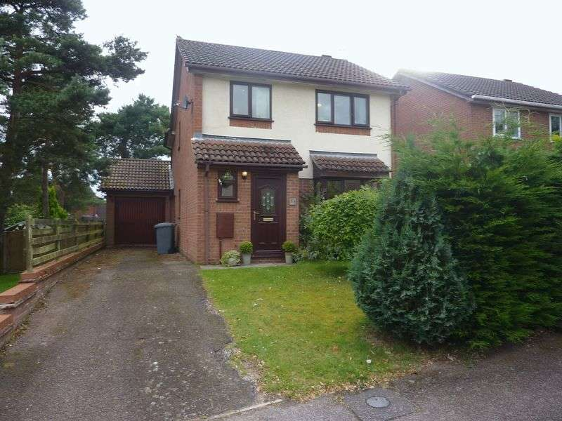 3 Bedrooms Detached House for sale in Thorpe Marriott, NR8