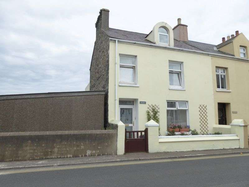 4 Bedrooms Terraced House for sale in Four Roads, Port St Mary