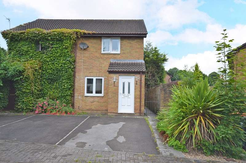 2 Bedrooms Semi Detached House for sale in Hydrangea Close, Rogerstone, Newport, Gwent. NP10 9EG