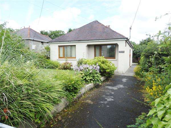 2 Bedrooms Detached Bungalow for sale in Penygroes Road, BLAENAU, Ammanford