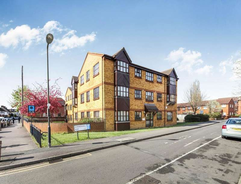 2 Bedrooms Flat for sale in Summerhill Way, Mitcham, CR4