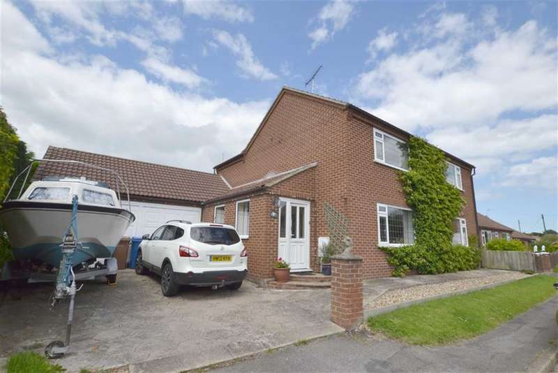 3 Bedrooms Property for sale in Eastgate, Rudston, YO25