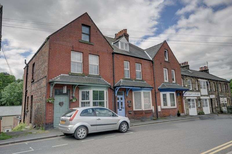 4 Bedrooms Terraced House for sale in Front Street, Whitby