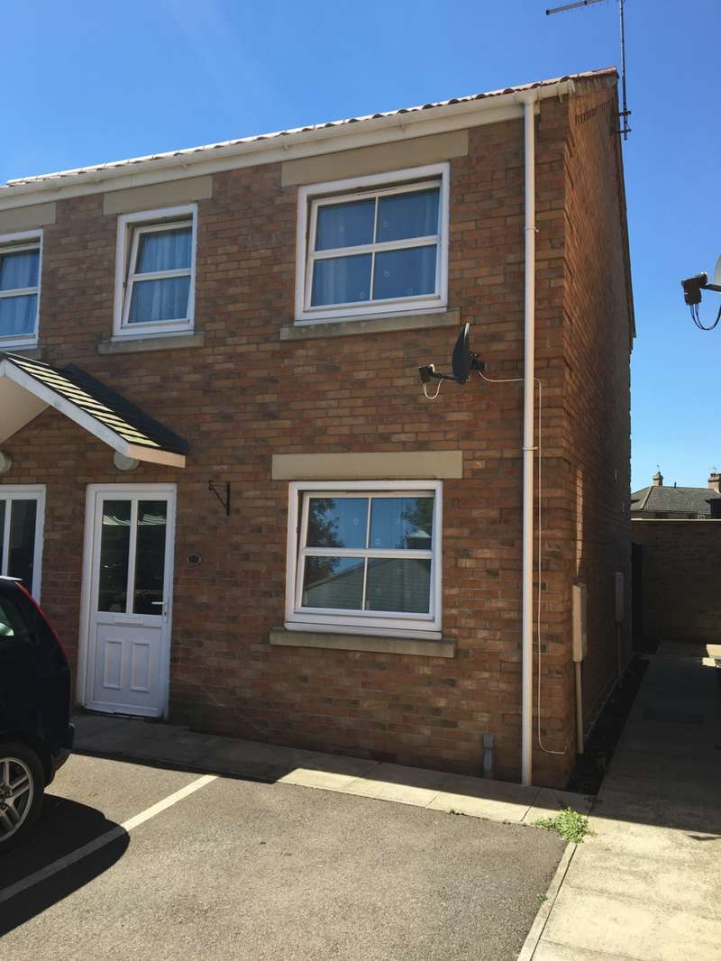 2 Bedrooms House for sale in Finkle Court, Whittlesey, PE7