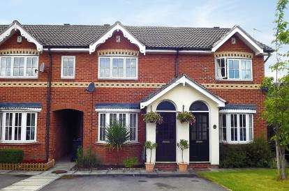 2 Bedrooms Terraced House for sale in Tiverton Drive, Wilmslow, Cheshire