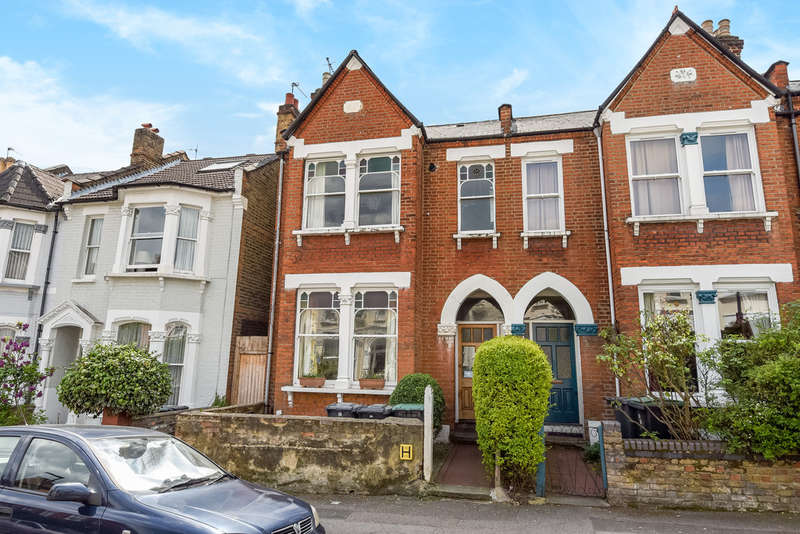 2 Bedrooms Ground Flat for sale in Cavendish Road, Harringay