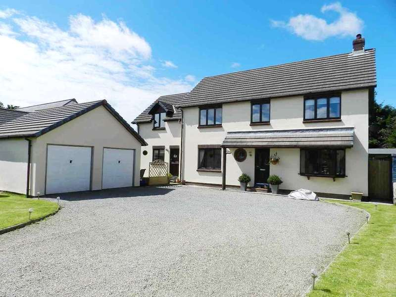5 Bedrooms Detached House for sale in The Meadows, Targate Road, Freystrop, Haverfordwest