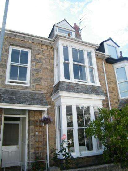 3 Bedrooms Terraced House for sale in Penzance, Cornwall