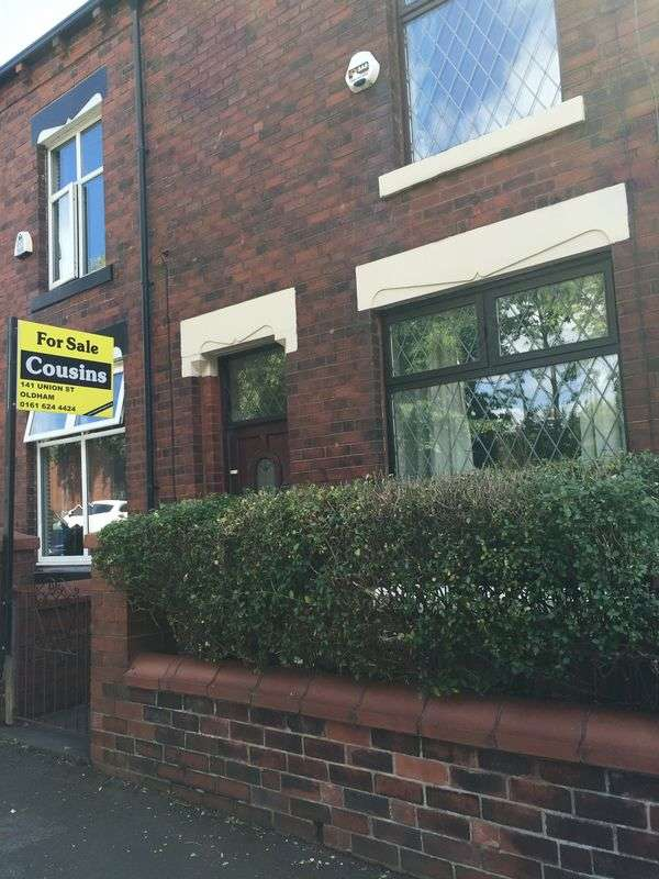 2 Bedrooms Terraced House for sale in Clarksfield Road, Oldham