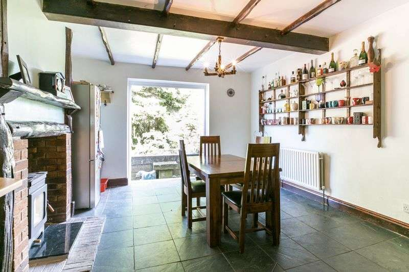 3 Bedrooms Terraced House for sale in Bolton Road, Aspull, WN2 1PZ