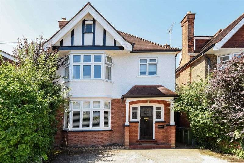 4 Bedrooms Detached House for sale in Loseberry Road, Claygate