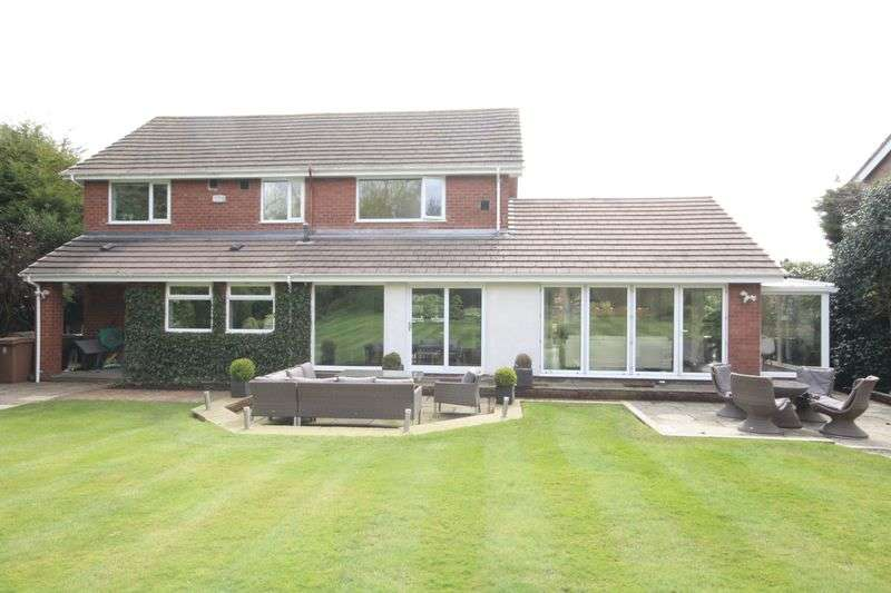 4 Bedrooms Detached House for sale in CANTERBURY CLOSE, Bamford, Rochdale OL11 5LZ