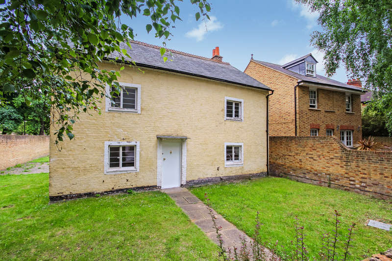 4 Bedrooms Detached House for sale in Oaklea Passage, Kingston Upon Thames