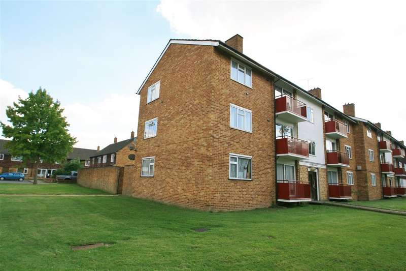 2 Bedrooms Apartment Flat for sale in NORTH HAYES