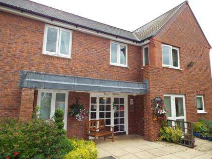 2 Bedrooms Retirement Property for sale in Wright Lodge, London Road, Nantwich, Cheshire