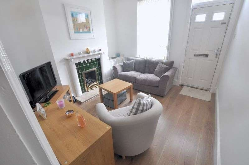 2 Bedrooms Terraced House for sale in St. Andrews Street, Lincoln