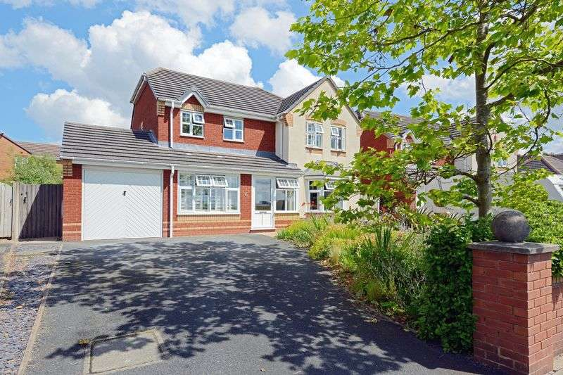 4 Bedrooms Detached House for sale in York Road, Priorslee, Telford, Shropshire.