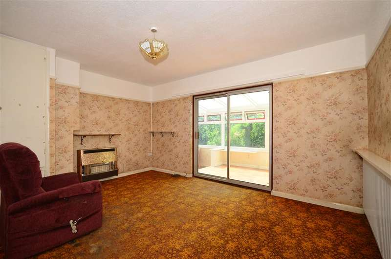3 Bedrooms Bungalow for sale in Annie Road, Snodland, Kent