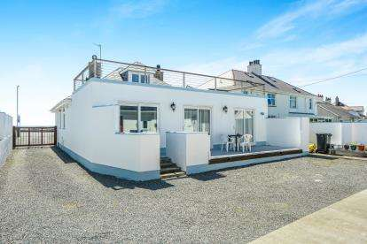 Detached House for sale in Lon Isallt, Trearddur Bay, Holyhead, Sir Ynys Mon, LL65
