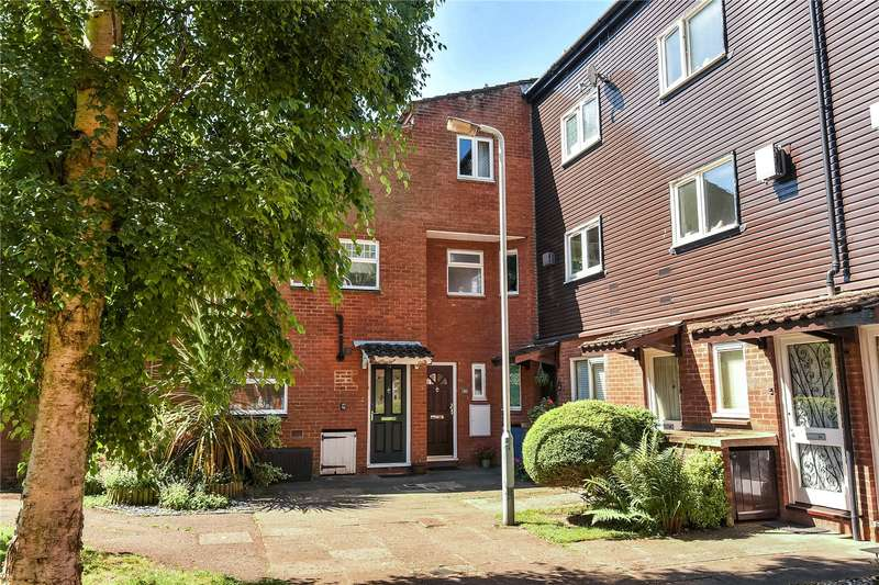 4 Bedrooms Terraced House for sale in Myrtleside Close, Northwood, Middlesex, HA6