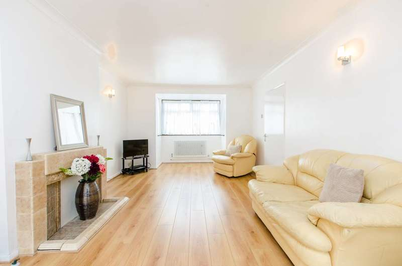 3 Bedrooms House for sale in Trelawn Road, Brixton, SW2