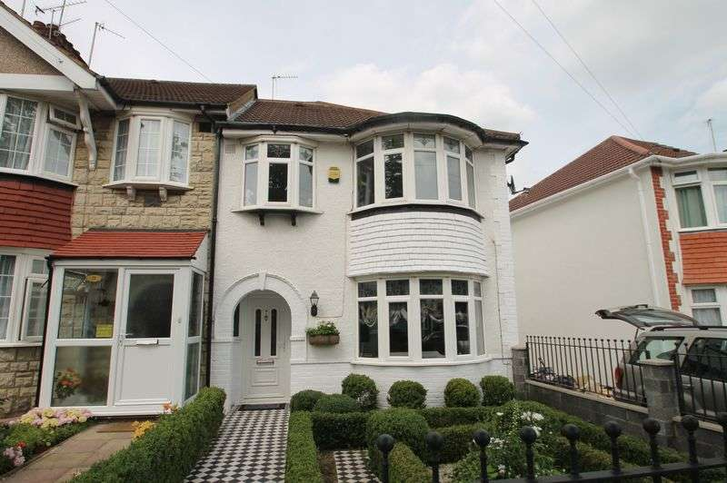 3 Bedrooms Terraced House for sale in Currey Road, Greenford,
