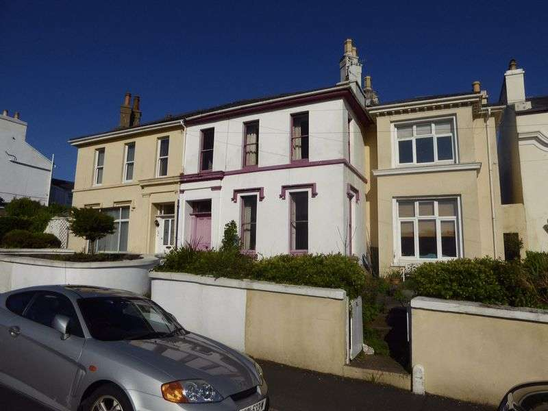 3 Bedrooms Terraced House for sale in 108 Summerhill Road, Isle Of Man