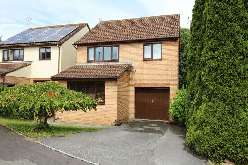 4 Bedrooms Detached House for sale in St. Austell Close, Nailsea