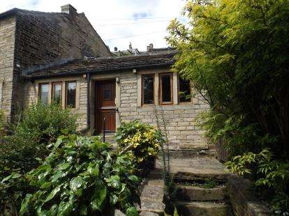 1 Bedroom Bungalow for sale in Kiln Brow, Golcar, Huddersfield, West Yorkshire