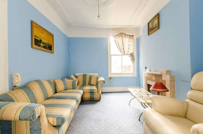 4 Bedrooms House for sale in Strathleven Road, Brixton, SW2