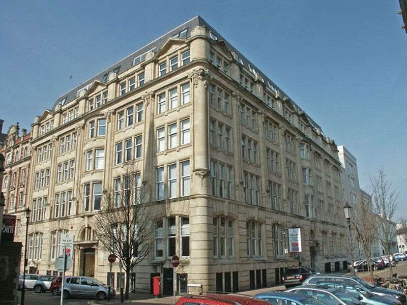 2 Bedrooms Flat for sale in Cymric Buildings, Cardiff Bay