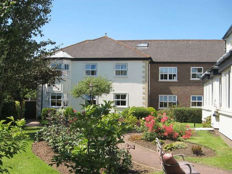 2 Bedrooms Retirement Property for sale in 2 bedroom 'Retirement flat'
