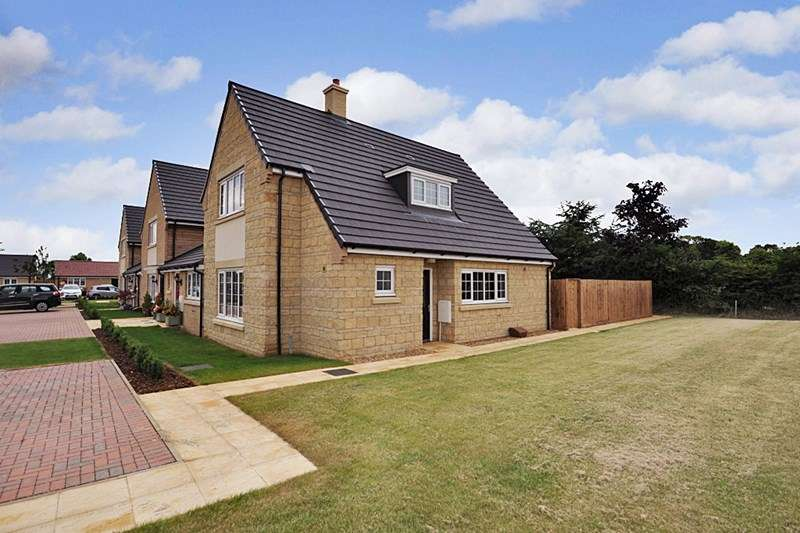 3 Bedrooms Retirement Property for sale in Mayfield Gardens (off Chesham Drive), Baston