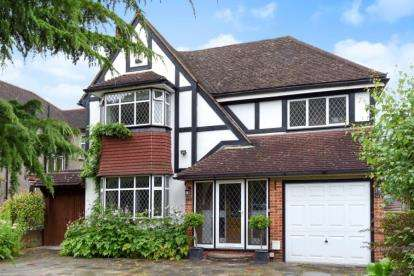 4 Bedrooms Detached House for sale in Woodland Way, West Wickham, Kent