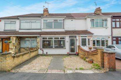 2 Bedrooms Terraced House for sale in Romford, Havering, Essex