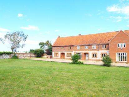 3 Bedrooms Barn Conversion Character Property for sale in Docking, King's Lynn, Norfolk