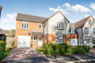 4 Bedrooms Detached House for sale in Barwell Crescent, Biggin Hill, Westerham