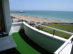 3 Bedrooms Flat for sale in Grand Court, King Edwards Parade, Eastbourne, East Sussex