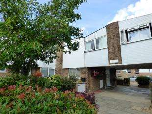 4 Bedrooms End Of Terrace House for sale in Markham Court, Regency Walk, Shirley, Croydon