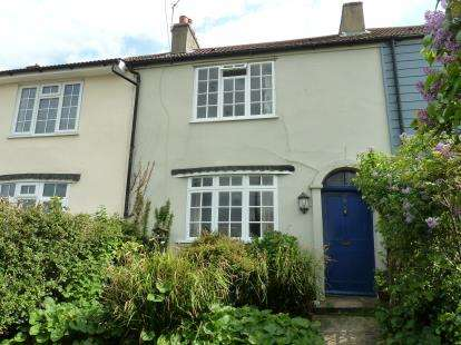 3 Bedrooms Terraced House for sale in Harwich