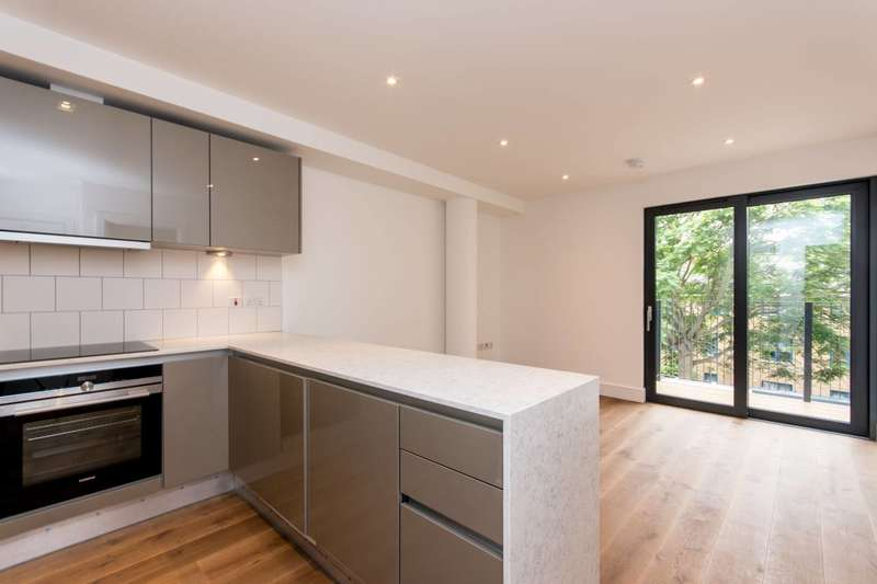 1 Bedroom Flat for sale in Westworth House, Hammersmith, W6