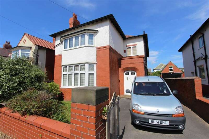 4 Bedrooms Property for sale in Rowsley Road, Lytham St Annes, Lancashire