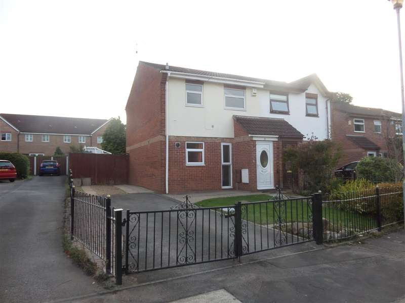 3 Bedrooms Property for sale in Oakmeadow Drive, St. Mellons, Cardiff